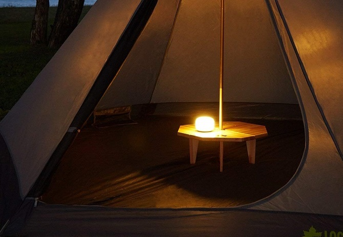 テント内を照らすロゴス フルコンソフトランタン