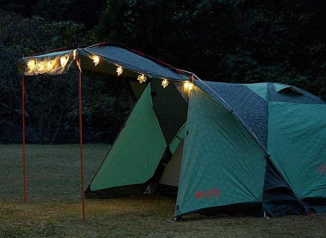 テントのキャノピーを飾るロゴス メイプルデコレーションライト