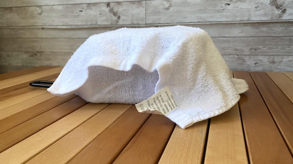 タオルに包んで蒸す
