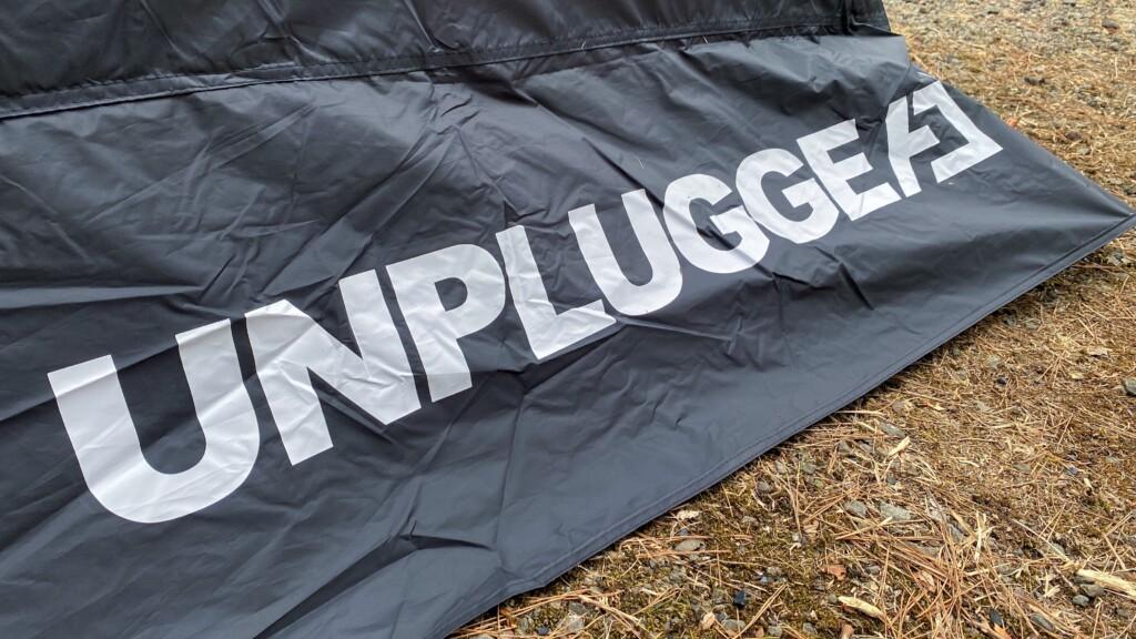 アンプラグドキャンプとは