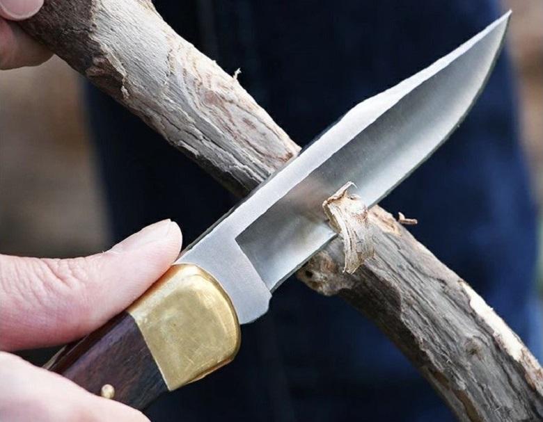 アイキャッチ画像フォールディングナイフ